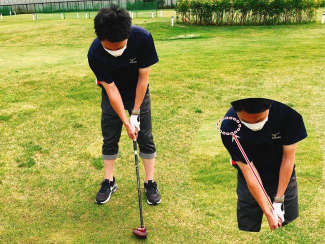 パークゴルフ 左手の親指と人差し指のV字ライン左肩を指すようにグリップ