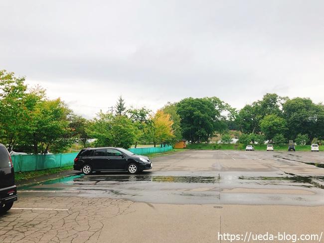 花夢里パークゴルフ場の駐車場の様子