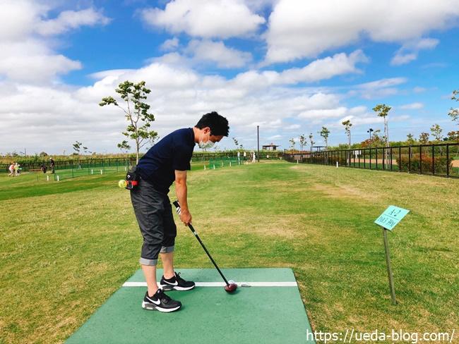 パークゴルフのグリップは右手がポイント