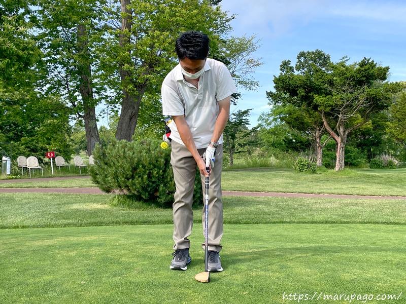 パークゴルフ パッティングの構え方